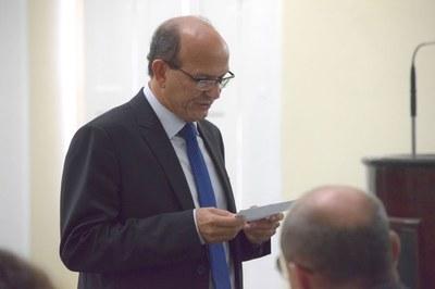Cícero Cavalcante faz juramento antes de assumar vaga de Dudu Hollanda.JPG