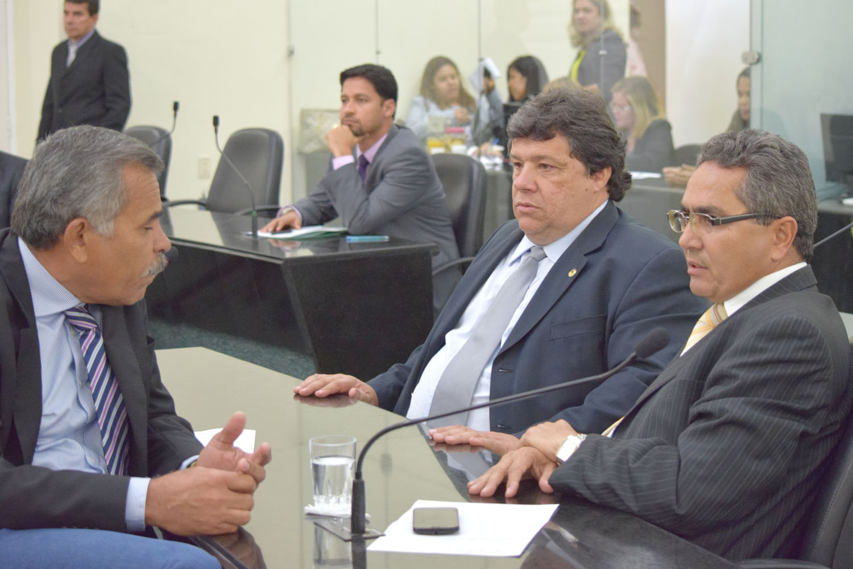 Deputados Tarcizo Freire, Edval Gaia e Francisco Tenório.JPG