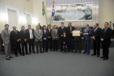 Assembleia concede Título de Cidadão Honorário ao deputado Pastor João Luiz 3.jpg