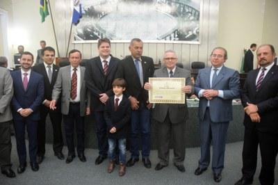 Assembleia concede Título de Cidadão Honorário ao deputado Pastor João Luiz 4.jpg