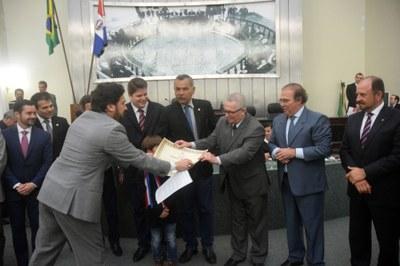 Assembleia concede Título de Cidadão Honorário ao deputado Pastor João Luiz 5.jpg