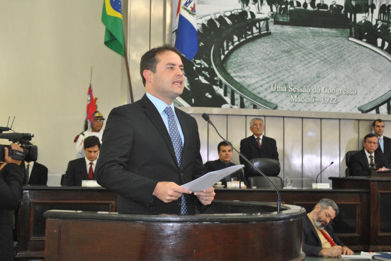Governador Renan Filho durante abertura dos trabalhos da Assembleia.jpg