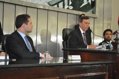 Presidente Luiz Dantas durante abertura dos trabalhos da Assembleia.jpg