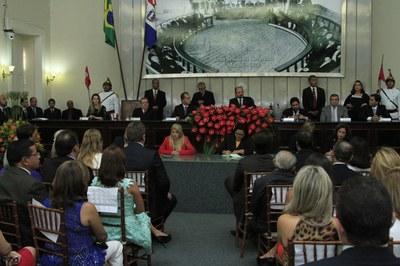 Plenário da Assembleia durante posse dos deputados e eleição da Mesa Diretora 1.jpg