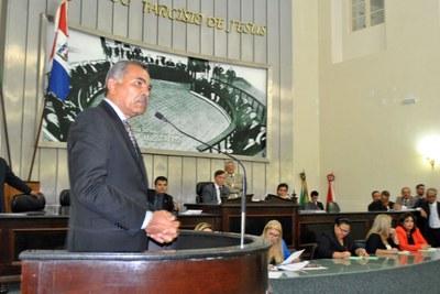 Deputado Tarcizo Freire durante sessão extraordinária.jpg