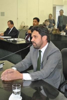 Deputado isnaldo Bulhões durante sessão ordinária 2.jpg