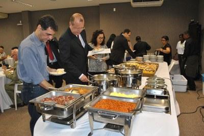 Café da manhã no Dia da Imprensa (2).JPG