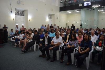 Público presente.JPG