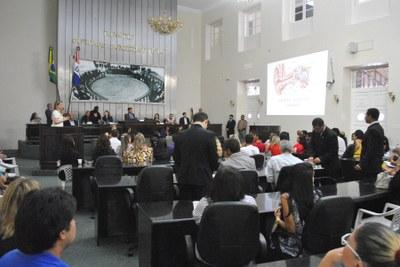 Plenário da Assembleia durante sessão especial (5).jpg
