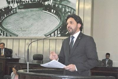 Deputado e primeiro secretário Isnaldo Bulhões.JPG