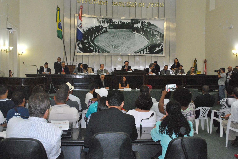 Assembleia Legislativa recebe CPI da Violência contra Jovens, Negros e Pobres  (7).jpg
