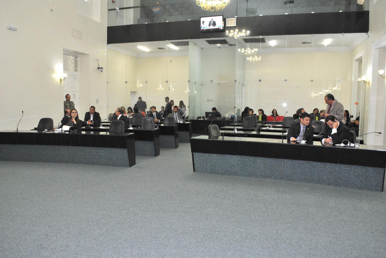 Plenário da Assembleia 1.JPG