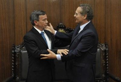Deputado Luiz Dantas reunido com o presidente do Senado Renan Calheiros.jpg