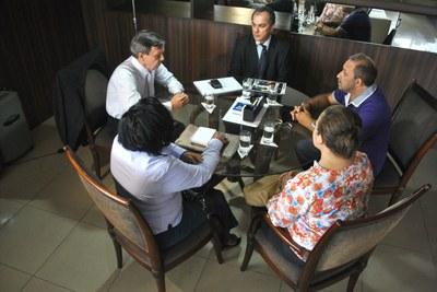 Reunião Mesa Diretora com representantes do Conselho Estadual de Saúde.jpg