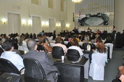 Plenário da Assembleia durante sessão especial em comemoração ao Dia Internacional da Mulher 3.jpg