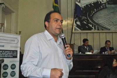 Gustavo Carvalho, superintendente da Semarh, durante sessão especial em homenagem ao Dia Internacional do Consumidor 5.jpg