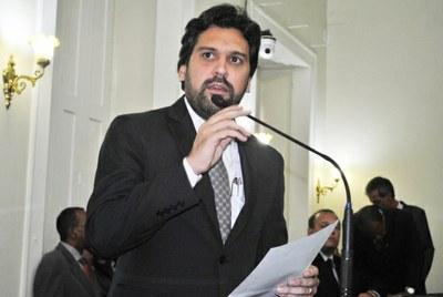 Deputado Isnaldo Bulhões, eleito 1º Secretário da Assembleia Legislativa.jpg
