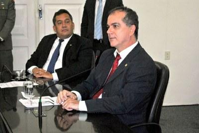 1º vice-presidente Ronaldo Medeiros durante sessão ordinária.jpg