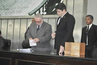 Plenário durante sessão ordinária 2.jpg