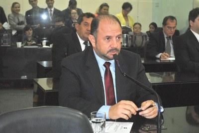 Deputado Antônio Albuquerque na sessão plenária.JPG