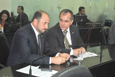 Deputados Antonio Albuquerque e Ronaldo Medeiros.JPG