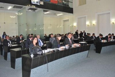 Plenário da Assembleia durante sessão ordinária 2.jpg