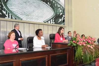 Sessão sobre Outubro Rosa (8).JPG