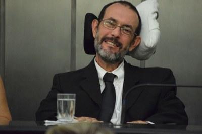 Assembleia homenageia jornalista Carlos Miranda com a Comenda Tobias Granja 4.jpg