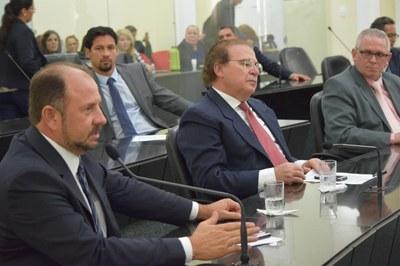 Deputado Antônio Albuquerque em pedido de aparte.JPG