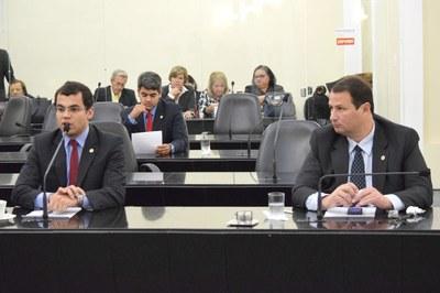 Deputado Gilvan Barros Filho em pedido de aparte.JPG