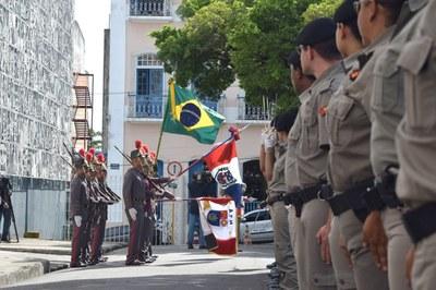 Polícia Militar de Alagoas aguarda autoridades .JPG