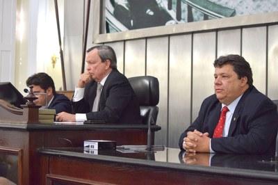 Mesa Diretora foi formada pelos deputado Luiz Dantas, Isnaldo Bulhões e Edval Gaia.JPG