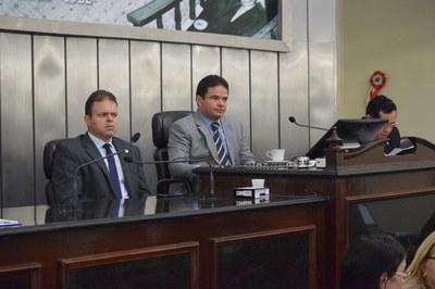 Deputados Léo Loureiro e Marcelo Victor.JPG