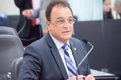 Deputado Galba Novaes.JPG