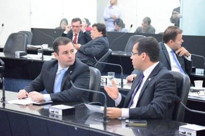 Deputados Bruno Toledo e Gilvan Barros Filho.JPG