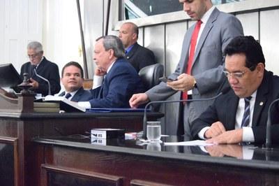 Mesa Diretora foi composta pelos deputados Marcelo Victor, Luiz Dantas e Severino Pessoa.JPG
