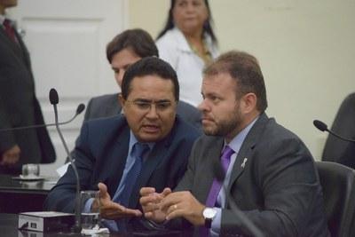 Deputados Francisco Tenório e Léo Loureiro.JPG
