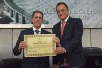 Antonio Pinaud recebe o título de cidadão honorário de Alagoas