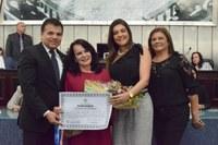 Assembleia concede o título de cidadã alagoana à Marié Miranda