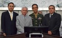 Parlamento homenageia general Nilton Moreira e coronel Nilton Diniz