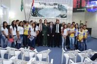 """Assembleia recebe primeira turma de estudantes do projeto """"Fale, Educação!"""""""