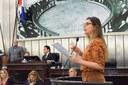 Bancada Feminina solicita criação da Comissão de Direitos da Mulher