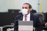 Davi Maia defende afastamento de funcionário suspeito de envolvimento em irregularidades