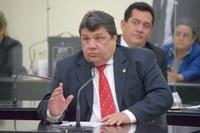 Deputado Edval Gaia pede construção de ginásio poliesportivo no povoado Canafístula, em Palmeira