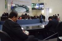 Deputados apreciam três vetos do Executivo