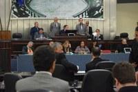 Deputados aprovam reajuste dos vencimentos dos servidores retroativo a 1º de maio