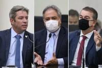 Deputados debatem adoção de toque de recolher e ações restritivas contra pandemia