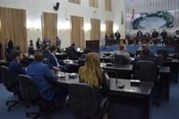 Deputados derrubam emenda ao projeto de criação do Prêmio Escola 10