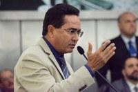 Deputados solicitam regularização do pagamento de transportadores escolares