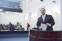 Dudu Hollanda comemora aprovação da PEC da Vaquejada